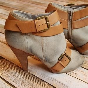 Legion Open Toe Canvas Booties in Natural